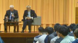 Last governor Lord Patten takes up challenge from university students over his opposition against calls for Hong Kong independence at HKU's Lok Yew Hall.