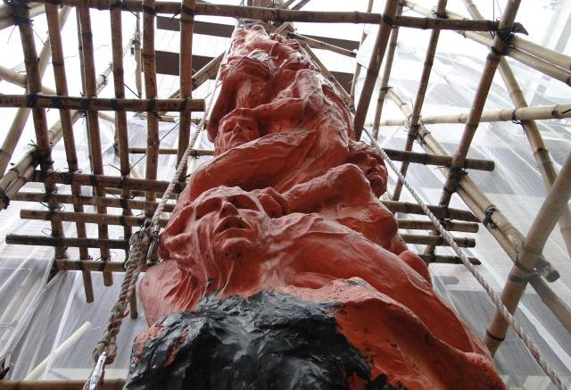 Pillar of Shame under renovation. Picture from aidoh.dk.
