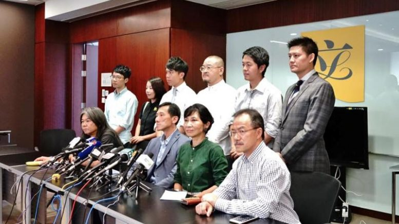 Pan-democrats are rethinking the idea of fielding their own candidates to contest the 2017 chief executive election.